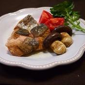 簡単!生秋鮭のソテージンジャー風味