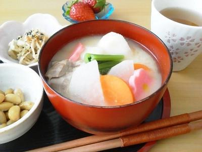 『お雑煮レシピ』でお正月を感じる。全国の伝統の味17選