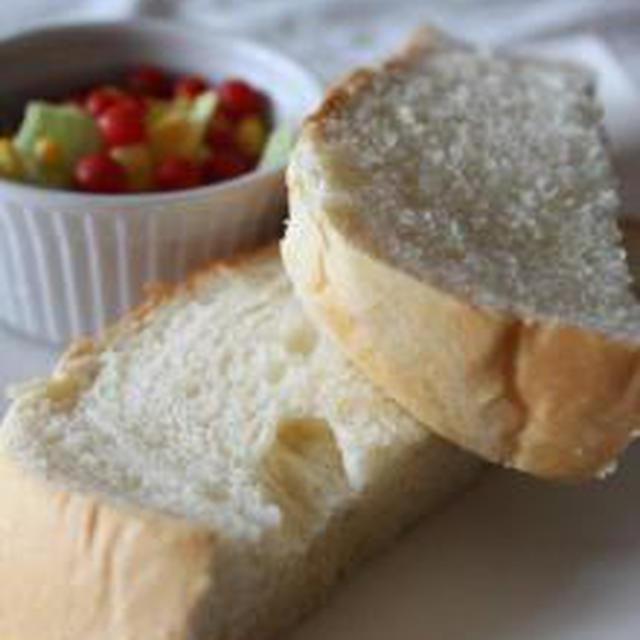 朝から幸せ~♡生クリームた~っぷりの食パン