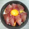 山芋とろろ、ぶりのお月見丼(5分で簡単)