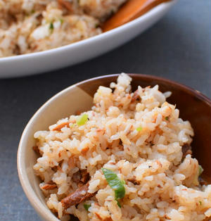 手抜き料理・・・いや、愛情たっぷり!さんま蒲焼き缶の混ぜご飯のレシピ