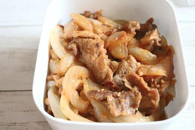 【簡単!作り置き】ご飯が進む!豚コマと玉ねぎの味噌炒め