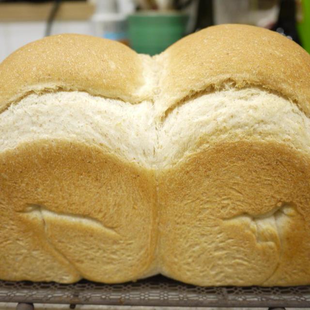 全粒粉山食パン♪