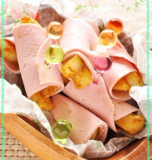 春のピクニック弁当♪♪カレーかぶらのハム巻きピンチョス