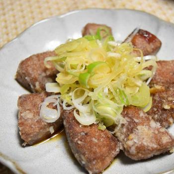 油淋肝(ユーリンカン)。たっぷりのねぎで揚げたレバーをさっぱり食べられる、孤独のグルメの再現風レシピ。