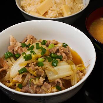 豚肉と白菜のすき焼き風煮物