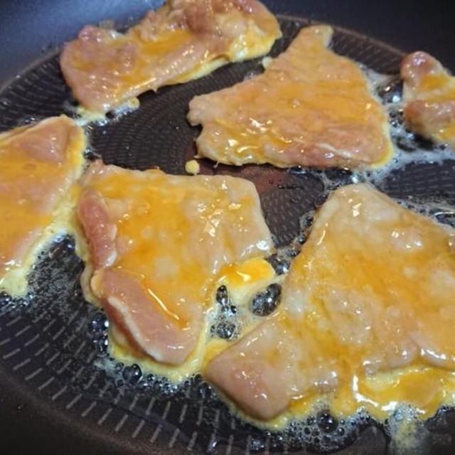 韓国の牛肉&豚肉チヂミ「육전」人気レシピ。プルコギの味付け♪柔らかいお肉
