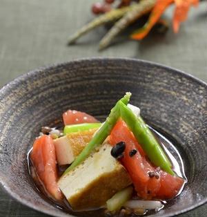 焼き厚揚げとお豆さんと彩り野菜和え