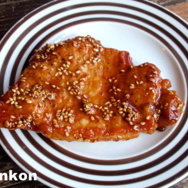 【簡単カフェごはん】豚ロース肉の甘辛黒胡椒だれ焼き*オクラとえのきの味噌汁*定食