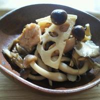 めんつゆ簡単レシピ キノコとレンコンの炒め煮