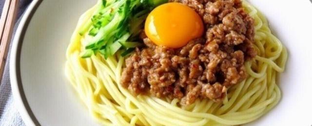 15分以内で作る!甘辛味がたまらない簡単「ジャージャー麺」