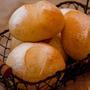 ヨーグルト酵母でシンプルプチパン