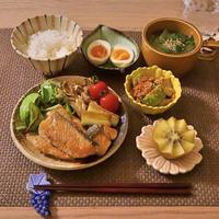 230.晩ごはんレシピ:鮭ときのこのバタポン焼き
