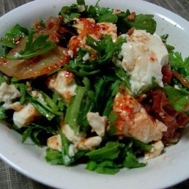 春菊と豆腐のキムチサラダ