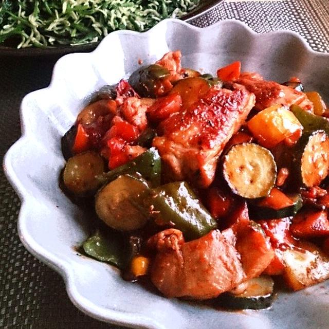 完熟トマトの酢鶏とお豆腐グラタン。