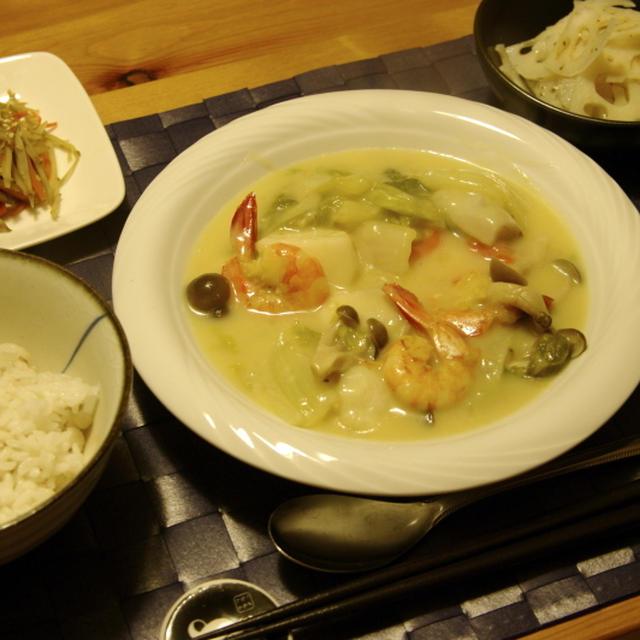 staubで海老と白菜のクリーム煮夜ご飯