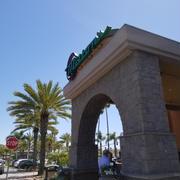 Milton's restaurant delicatessen & bakery