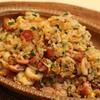 ウインナーと竹輪の梅肉焦がしにんにく炒飯