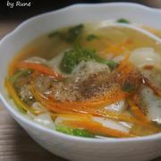 菜の花入り具だくさんdeジンジャー韮餃子スープ