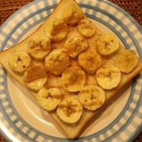 朝ごはん『シナモン香るバナナトースト』