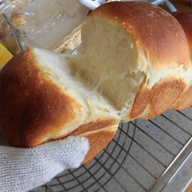 湯種食パンを焼いて・・焦げたハンバーグでサンド♪