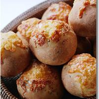 バジルチーズのぷちパン