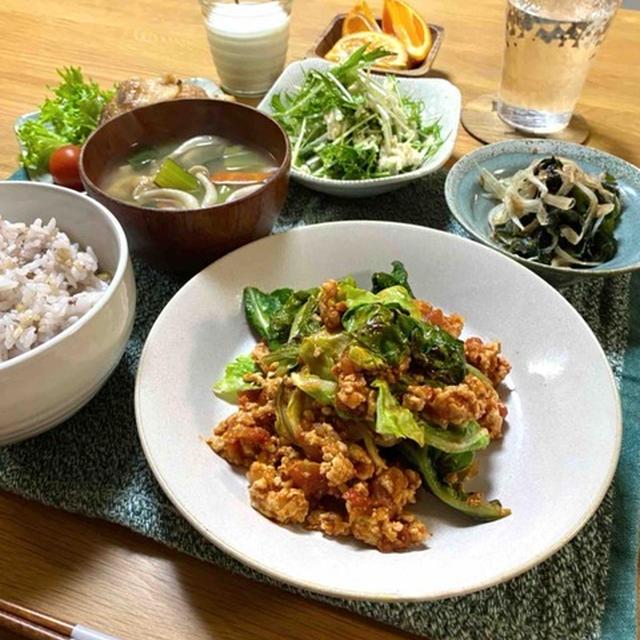 【春キャベツと鶏ひき肉のトマト煮】#15分おかず#ヘルシー#旬野菜#簡単#フライパンひとつ …お手伝い。