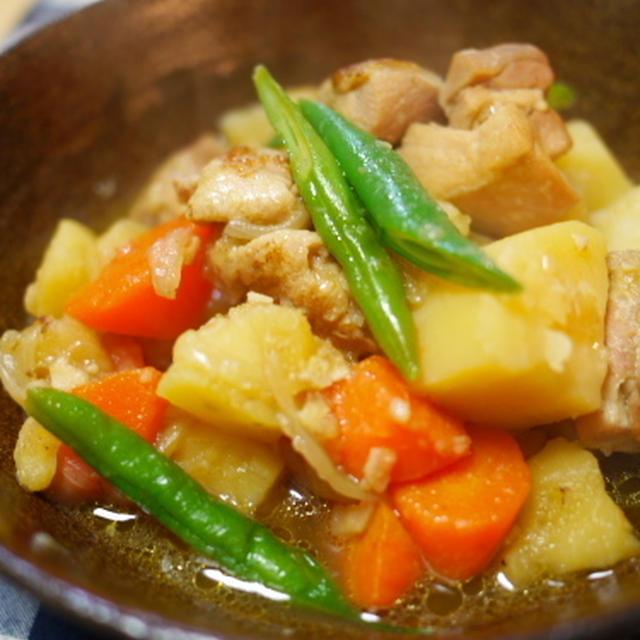 鶏とジャガイモのオイスターソース煮