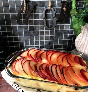 【トースターで作れる☆簡単】林檎×ウィスキーで激ウマ『カスタード林檎パンプディング』