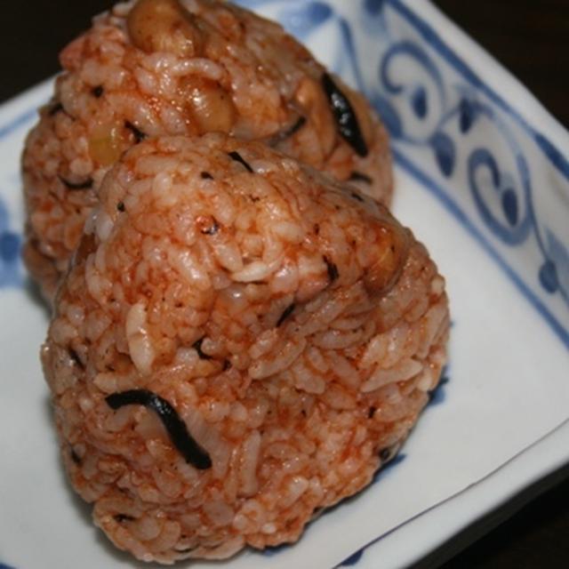 9月6日  ひじきと大豆の ケチャップライスおにぎり