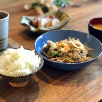 肉野菜炒めの定食ご飯