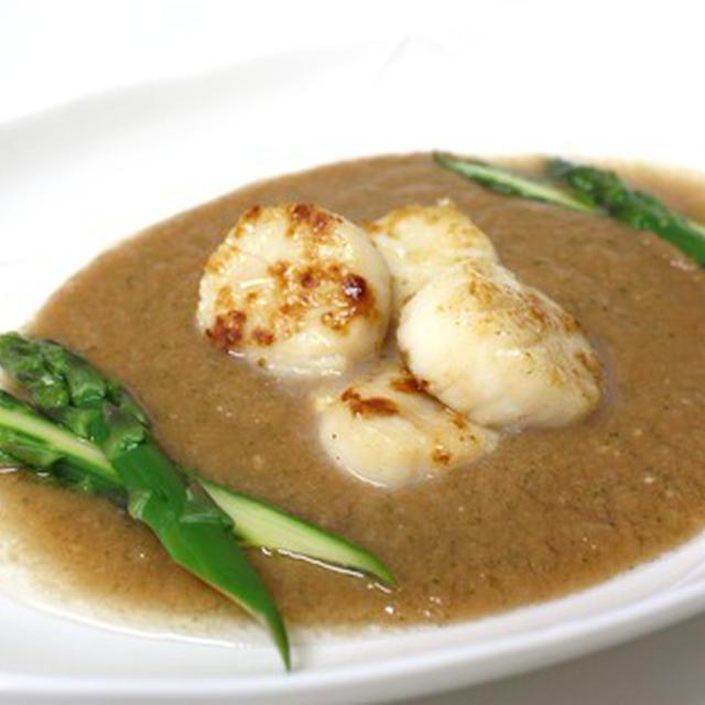 帆立のカスパチョ・スープ仕立て