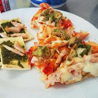アボカドとろける!サラダチキンとアボカドのポモドーロピザ【Recipe】