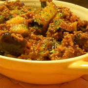 ■茄子とズッキーニのひき肉トマト煮込み