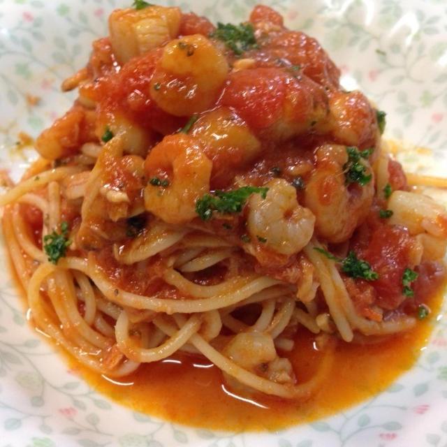 ペスカトーレロッソ=シーフード・トマト・スパゲティー