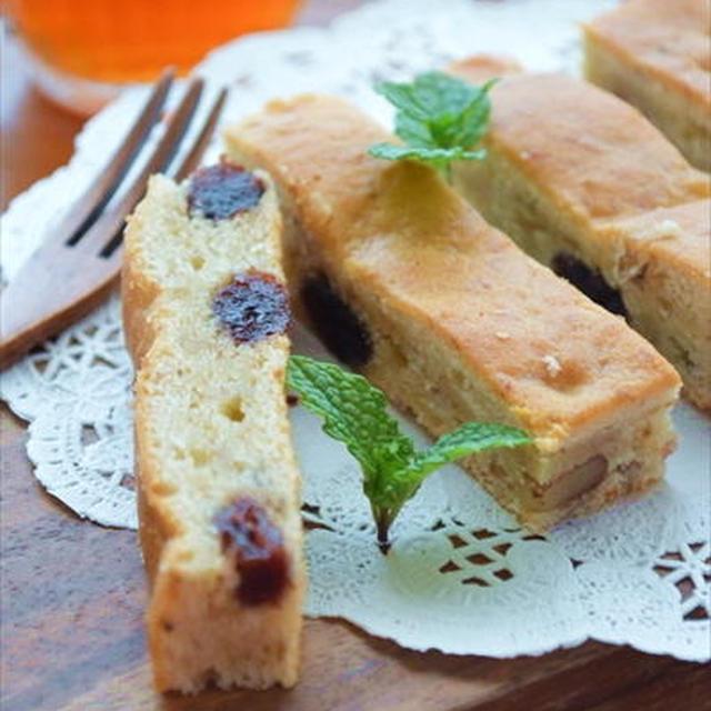 ホットケーキミックスで♪バナナとクランベリーのスティックケーキ ☆