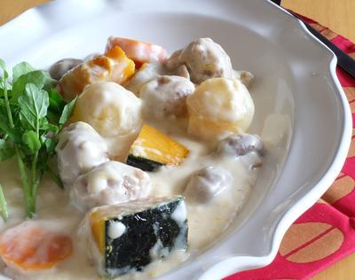 肉団子とかぼちゃのベシャメルソース(ホワイトソース)