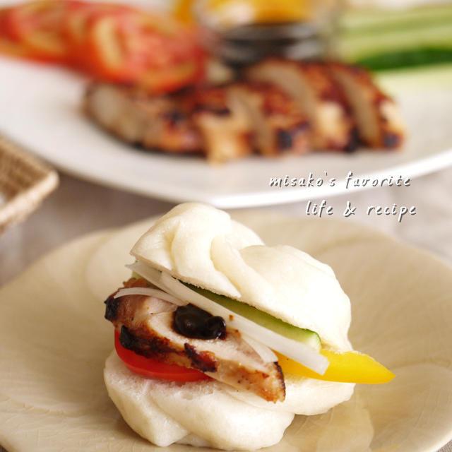 ふわふわ花巻&鶏の味噌漬け焼きサンド