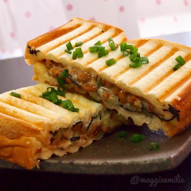 簡単朝ごはん!納豆マヨチーズの和風パニーニ*和ニーニ*ホットサンド