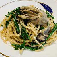 ぷりぷり牡蠣とシーアスパラガスのパスタ / お塩未登場