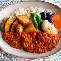 ゴロゴロ素揚げ野菜のスパイシーカレー