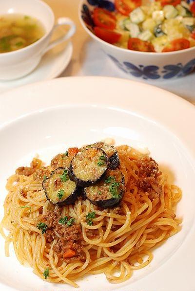 茄子とひき肉のミートスパゲッティ定食【両極端】