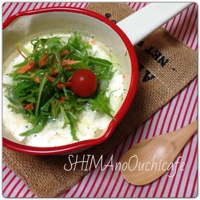 おうちカフェ朝ごはんに!豆乳とチーズのトロトロスープ