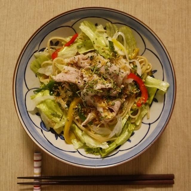 サラダ風センレック ヘーンでひとりご飯