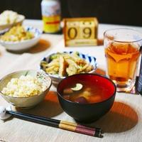3/9(金) 夜ごはん:シンプル和食と「ウメボシホリック とってもしょっぱいウメボシのお酒」