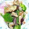 野菜の燻製風ソテー