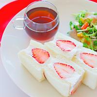 【動画】フルーツサンドの作り方レシピと美しく切る方法
