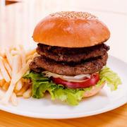 太る原因は栄養不足?!