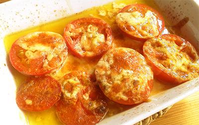 トマトチーズ焼き〜カレー粉が決めて