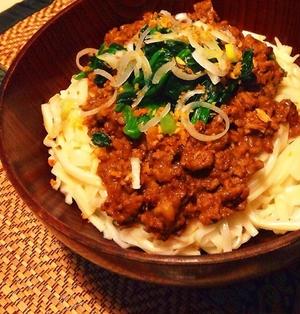 簡単時短!麻婆豆腐の素で作る汁なし担々麺